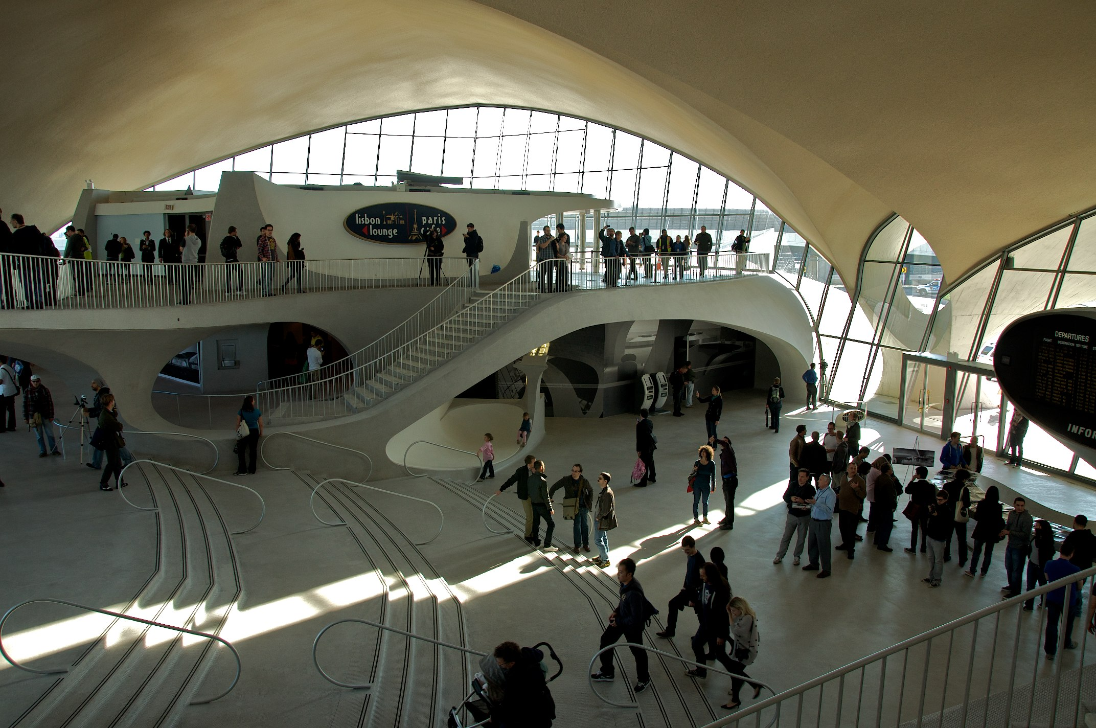 TWA_Flight_Center