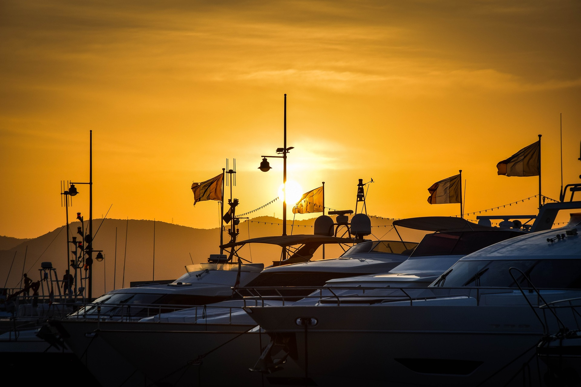 St Tropez Sunset Yachts | FHR Travel Blog