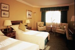 Grand Harbour Devere Hotel Image 2