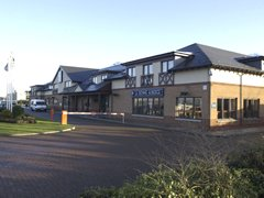 Holiday Inn Express Edinburgh Airport Main Image